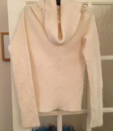 http://www.ebay.co.uk/itm/Ladies-Cream-Cowl-Neck-Lambswool-angora-Mix-Jumper-Size-Medium-/281066611040?pt=UK_Women_s_Jumpers_Cardigans&hash=item4170e02160