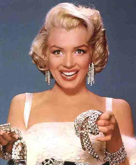 diamonds-are-a-girls-best-friend-marilyn-monroe