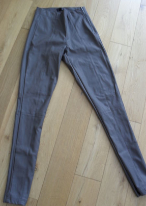 http://www.ebay.co.uk/itm/TOPSHOP-Grey-Leather-Look-Trousers-Leggings-Size-10-/181099253377?pt=UK_Women_s_Trousers&hash=item2a2a5b4e81